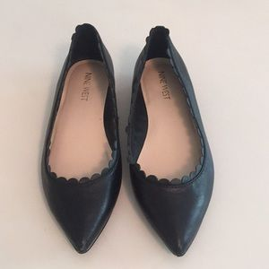 Nine West black, leather flats, scalloped edges